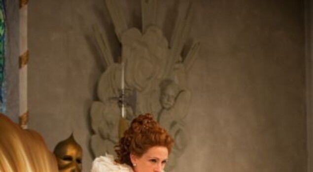 Biancaneve, nuove foto dal set con Lily Collins