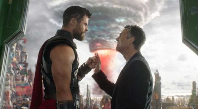 Thor: Ragnarok, un divertente dietro le quinte e un trailer internazionale