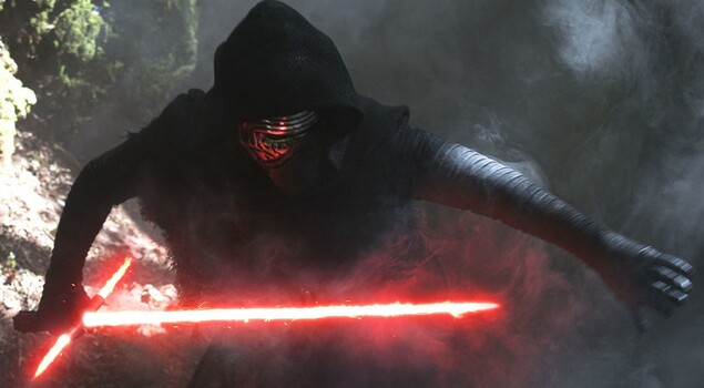 Star Wars: svelato il vero motivo per cui Kylo Ren indossa una maschera
