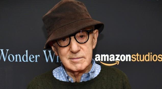 Alec Baldwin difende Woody Allen: