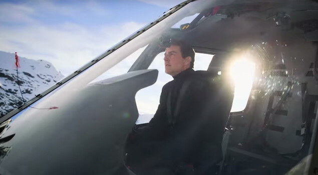 Elicottero Queen : Mission impossible fallout tom cruise pilota l