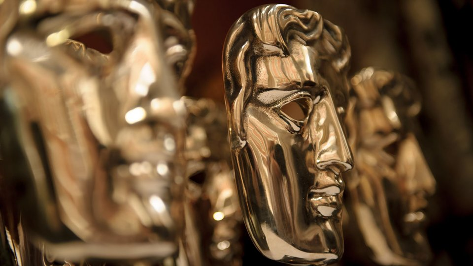 Le star sul red carpet dei Bafta, trionfano Roma e La favorita