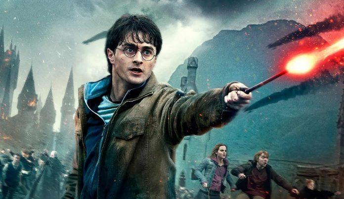 Tom Felton, Rupert Grint: reunion (con dinosauro!) di Harry Potter a Orlando
