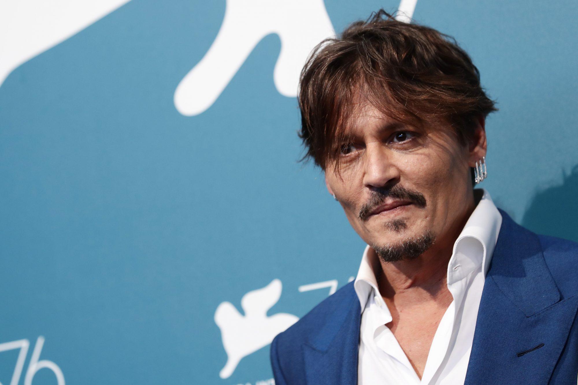 Festival di Venezia 2019: Johnny Depp presenta Waiting for