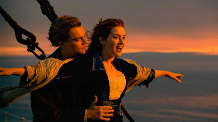 Leonardo DiCaprio e Kate Winslet in Titanic