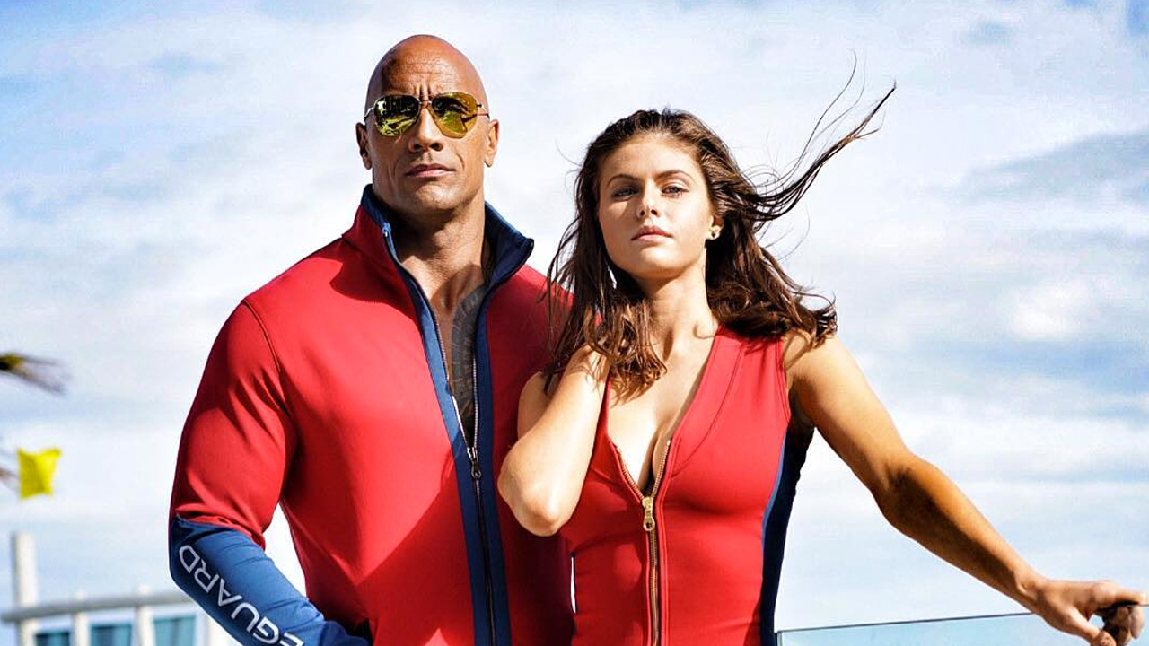 The Rock e Alexandra Daddario scatenati in Baywatch