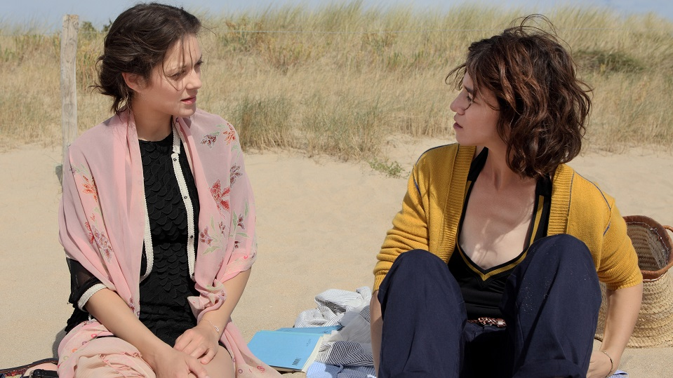 Marion Cotillard e Charlotte Gainsbourg in Ismael's Ghost