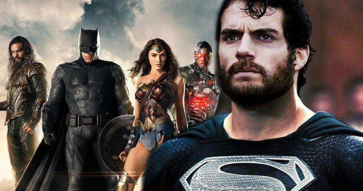 Superman col costume nero