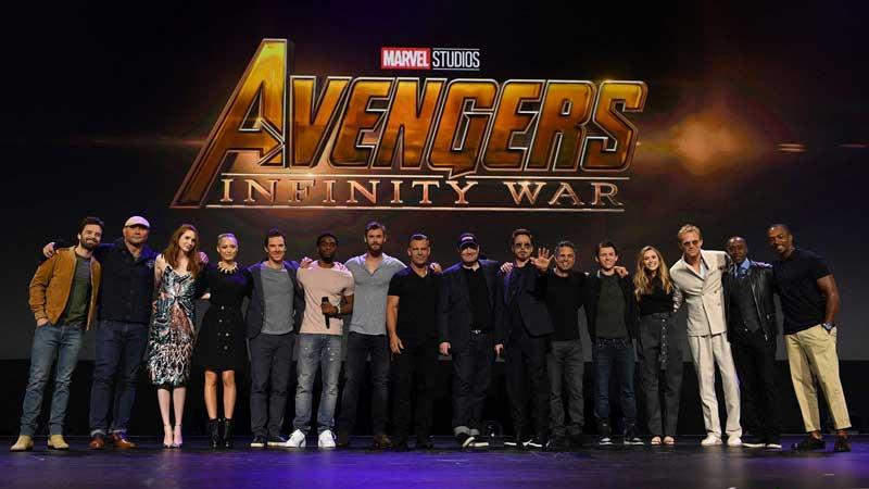 Tutto il cast di Avengers: Infinity War sul palco della D23