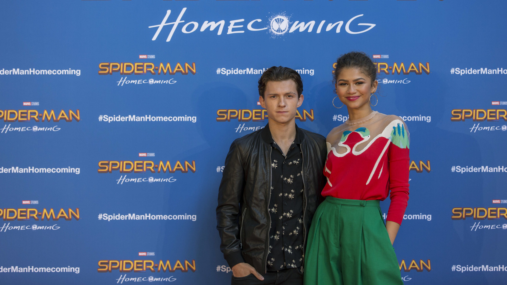 Tom Holland frequenta Zendaya fuori dal set