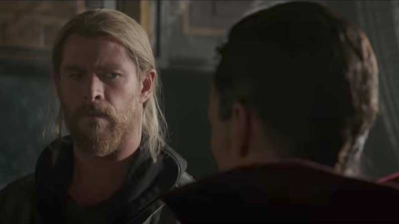 Anche Doctor Strange nel nuovo trailer internazionale di Thor: Ragnarok