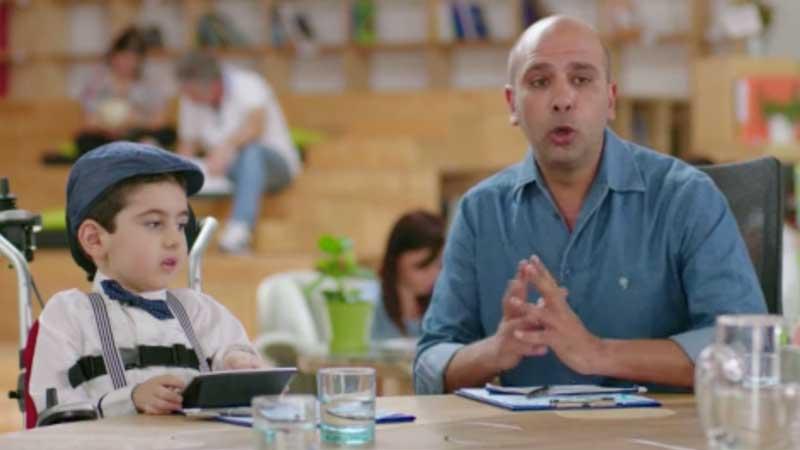 Checco Zalone protagonista dello spot SMA