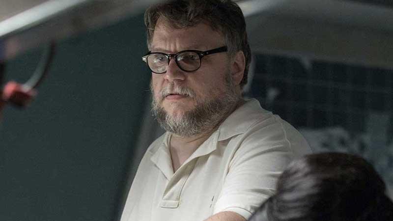 Guillermo del Toro sul set di The Shape of Water