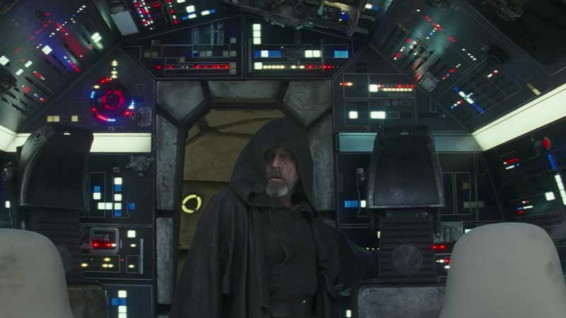 Luke Skywalker sulla Millennium Falcon nel nuovo spot di Star Wars 8