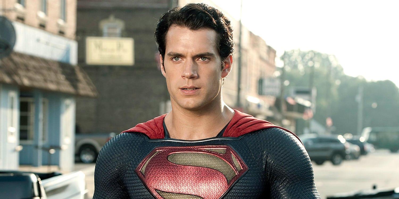Universo DC: il contratto di Henry Cavill prevede ancora un altro film