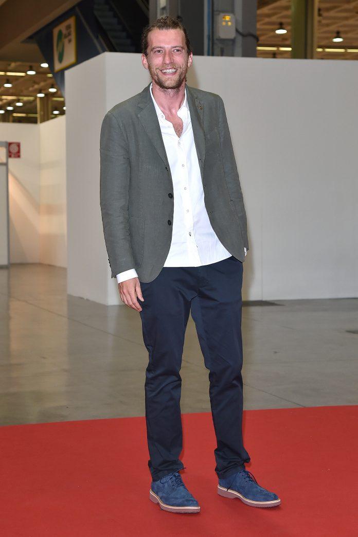 attore-italiano-serie-made-in-italy