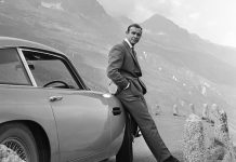 James Bond attori