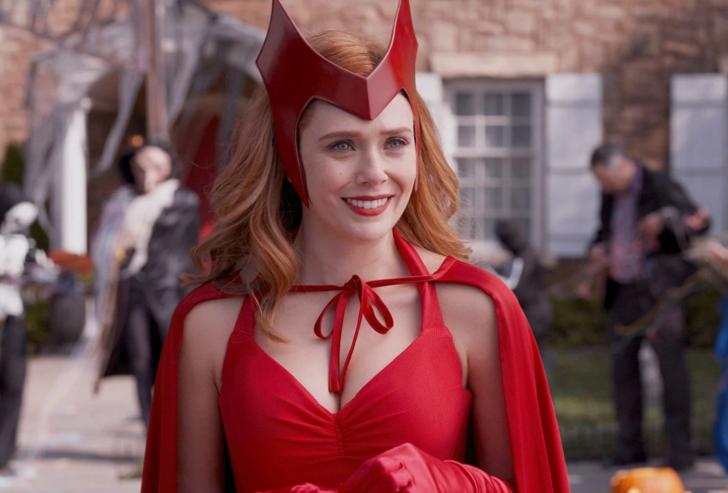 WandaVision: il costume finale da Scarlet Witch era sempre stato sotto ai  nostri occhi! [FOTO]