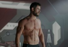 chris hemsworth in un video senza muscoli